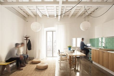 lade da soffitto di design house nook architects recupera materiales espacios