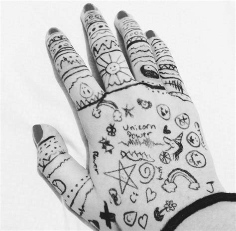 cute pattern drawings black and white cute dark draw drawing emo goth
