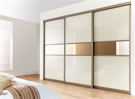 Pooja Mandir Diy Ikea by How To Build Your Own Fitted Wardrobes Clickhowto