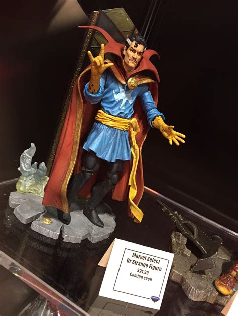 Stock Akhir Figure Doctor Strange marvel select dr strange project collectibles