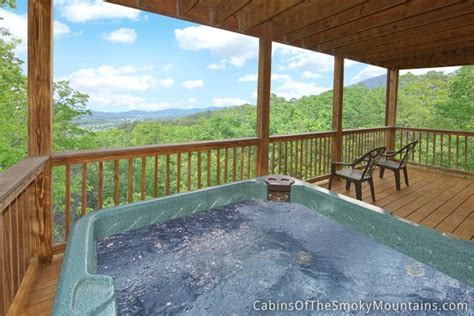 pigeon forge 1 bedroom cabin rental a lovers retreat pigeon forge cabin lover s lookout from 150 00