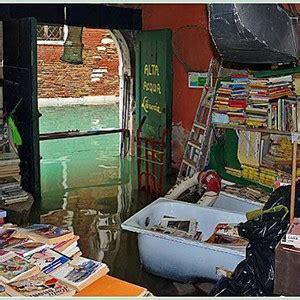 acqua alta libreria related keywords suggestions for libreria acqua alta flooded