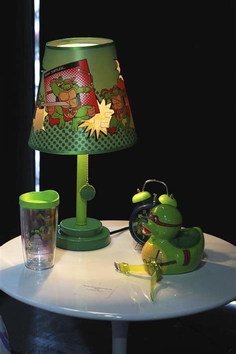 teenage mutant ninja turtles light teenage mutant ninja turtles holiday gift guide nerdy