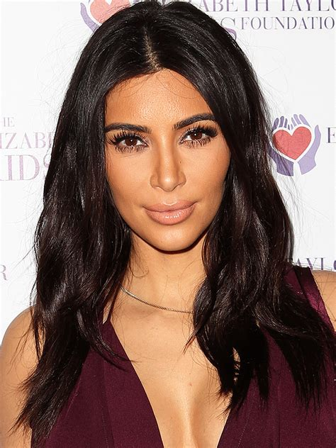 www kim kardashan kim kardashian socialite reality cast member tv guide