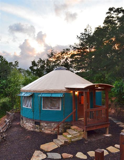 amazingly peaceful hawaiian yurts love yurts diy 137 best images about yurt on pinterest