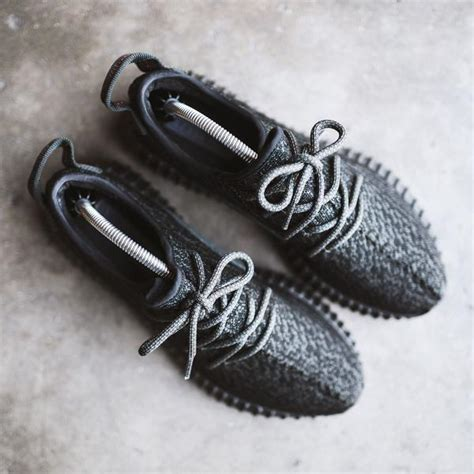 sneaker shoe trees 6 things every sneakerhead should own