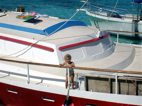 grand cayman catamaran excursion grand cayman stingray city buccaneer catamaran excursion