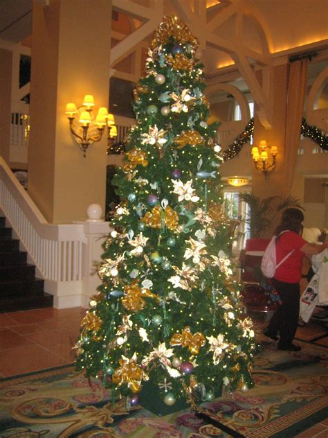 christmas decorations at disney s beach club resort