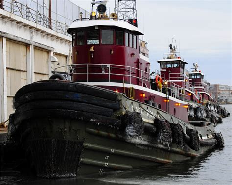 tow boat mate jobs on tug boats captain and tugboat mate ships and