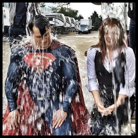 Kaos Batman V Superman 26 Bv Seven na planie quot batman v superman of justice quot areszt w