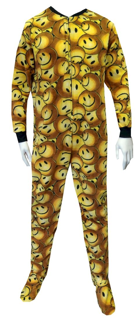 Piyama Smlie flannel knit pajamas and sleepwear for