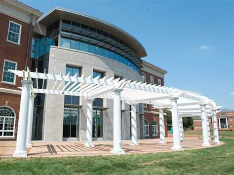 Top 40 Mba Schools In Usa by 40 Woodberry Forest School Business Insider India