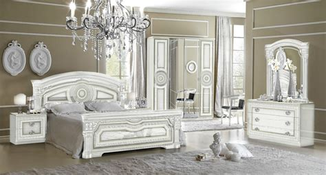 Italian White Bedroom Furniture by New Daya Italian White Silver Traditional Design Bedroom