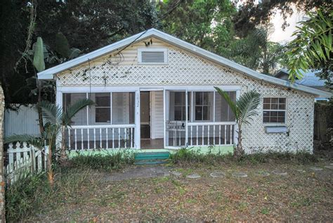 2 bedroom 2 bath for rent historic district dunedin