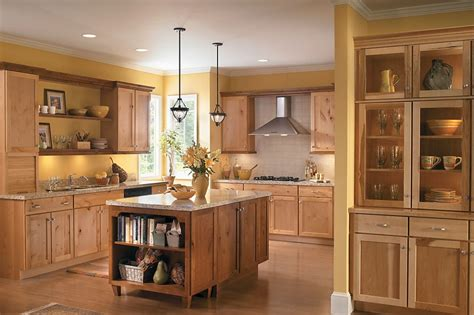 medallion kitchen cabinets reviews the best 28 images of medallion cabinetry kitchen cabinets and medallion