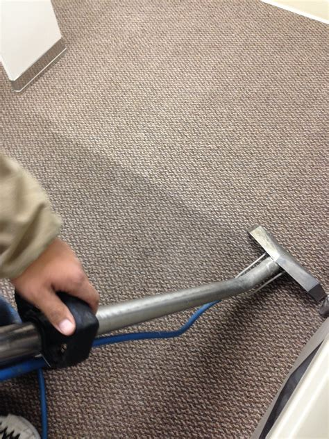carpet steam cleaning grayhart s blog steam cleaning beyer carpet cleaning
