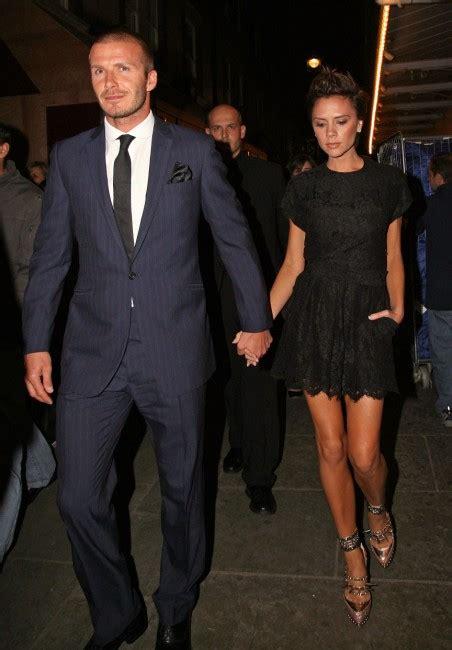 Beckhams 16 M Italian Tv Deal bellisimo beckham charms italy s sexiest sports presenter