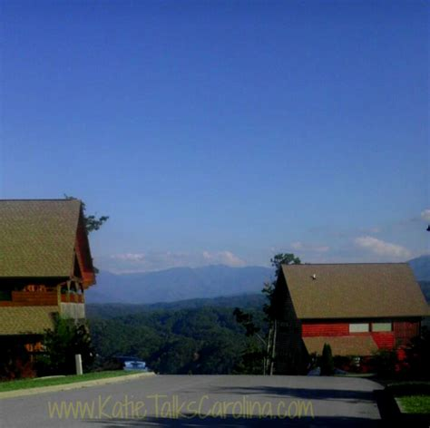 Cabin Fever Vacations Pigeon Forge Tn by Where To Stay In Pigeon Forge