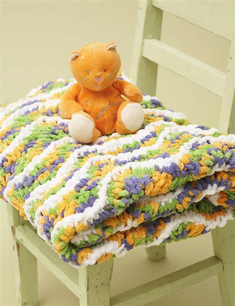 Yarn Baby Blanket Patterns by Bernat Ripple Baby Blanket Knit Pattern Yarnspirations