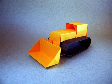 Origami Tractor - i could harley wait to show you these origami vehicles