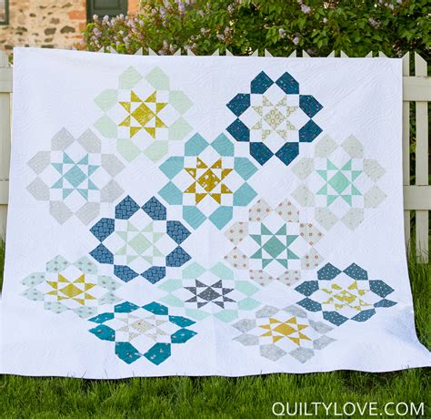 Quilting Cottons by Cotton And Steel Dozen Roses Quilt Quilty