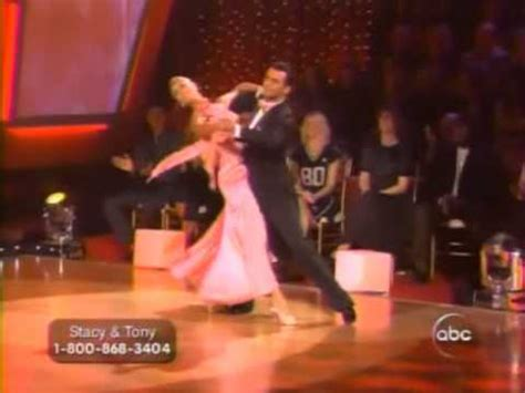 stacy keibler dwts youtube dwts stacy keibler tony dovolani quickstep week 7