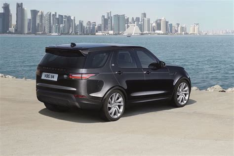 discovery land rover 2017 black 2017 land rover discovery unveiled on sale in australia