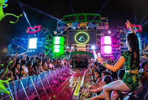 in color miami in color festival in miami drops 10th anniversary