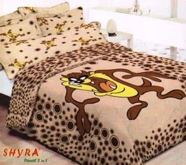 Guling Tazmania bed cover grand shyra 171 grosir sprei murah