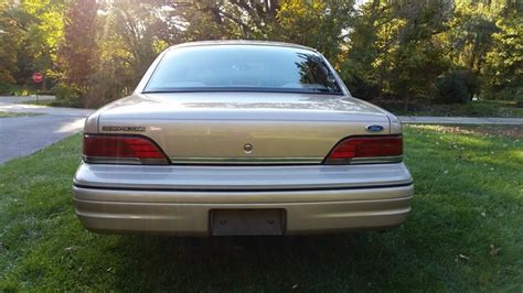 manual cars for sale 1992 ford crown victoria electronic valve timing 1992 ford crown victoria pictures cargurus
