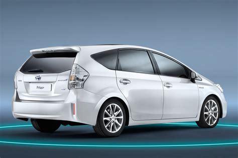 Toyota Prius Wagon Toyota Prius Wagon Pictures