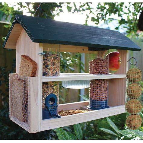 Bird Feeder Station 1000 ideas about bird feeding station on