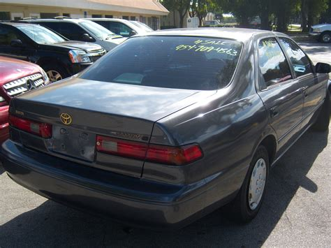 1997 Toyota Camry Le 1997 Toyota Camry Pictures Cargurus