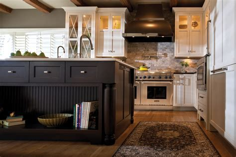 The Versatility of Kitchen Islands   Island Tables and