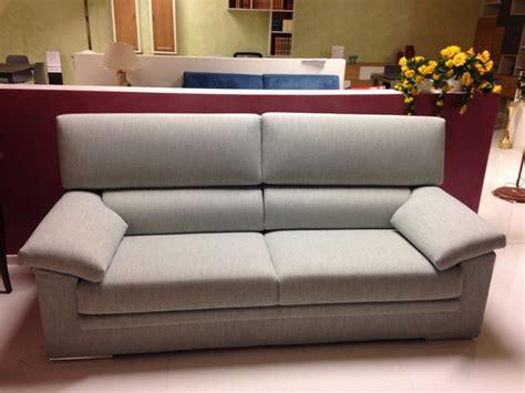 tessuti per divani prezzi divano in tessuto fabbri salotti a prezzo scontato