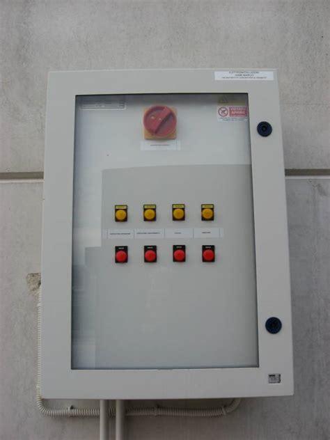 lade industriali usate blindo luce con plafoniere pannello prese sistema di