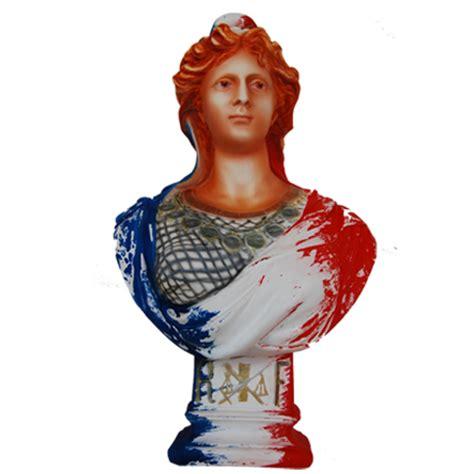 portrait de marianne avec buste de marianne patine a 233 rographe tricolore aspect porcelaine