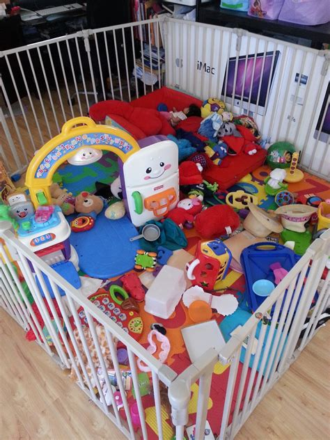 baby play area in living room mommyneurotic
