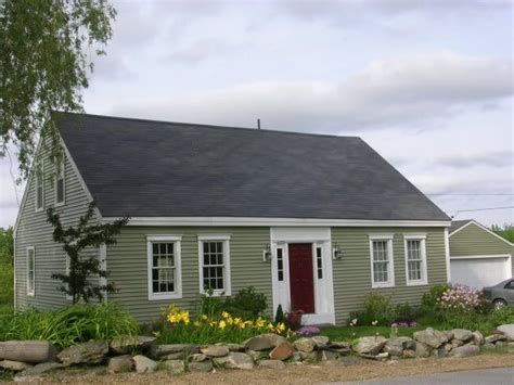 houses with green siding sage green house siding re why are vinyl siding choices so unattractive roof