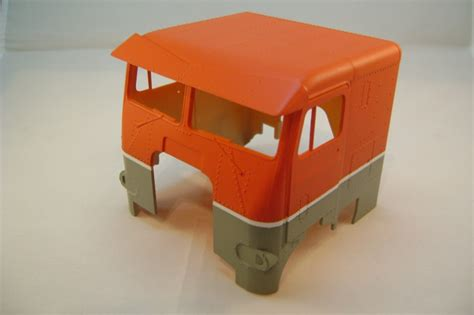 Vallejo 70999 Copper Model Kit Paint white freightliner allied lines timber industry