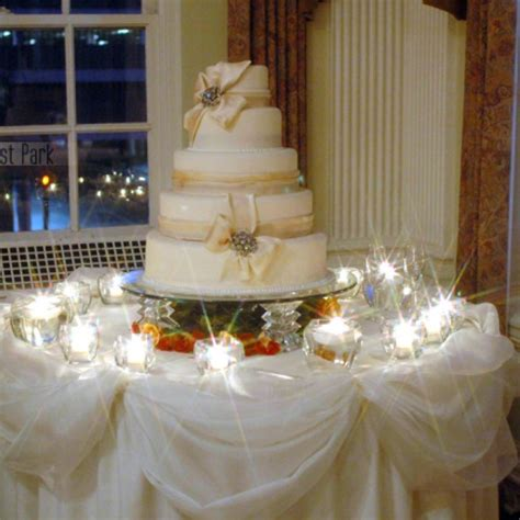 Cake Table Ideas by 37 Creative Wedding Cake Table Decorations