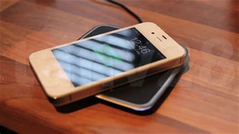 Charger Log On Iphone 4 34a iphone 4s をワイヤレス充電可能に改造してしまう方法 gigazine