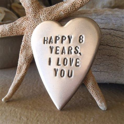 40 Amazing 8th Wedding Anniversary Gift Ideas   Styles At Life