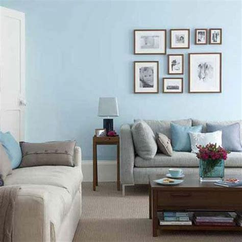 Blue Paint Living Room | light blue walls in the livingroom freshen up living room decoration with interesting blue
