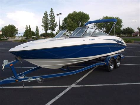 buying your boat of the road for power boaters and sailors books indonesia used power boats for sale buy sell adpost