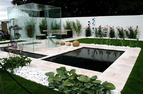 modern garden escape contemporary gardens garden unique modern garden designs