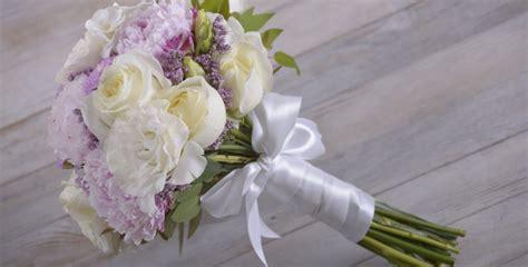 bouquet di fiori da sposa fai da te con fiori bouquet da sposa floraqueen italia