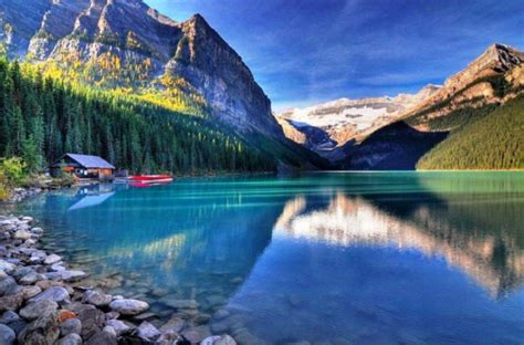 beautiful site majestic lake louise in banff national park favething com