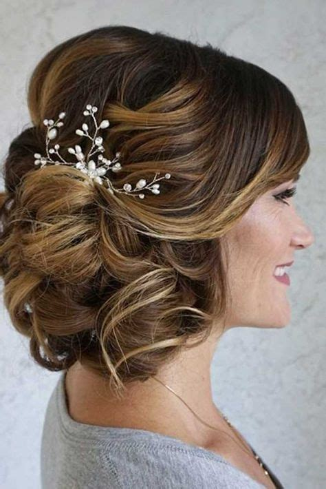 hairstyles for mother of the bride oval shaped face best 25 mother of the bride hair ideas on pinterest