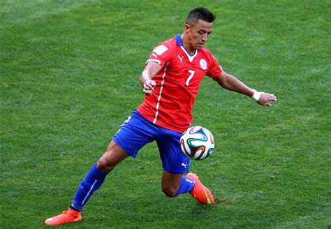 arsenal defenders signing alexis sanchez a mistake ex arsenal defender